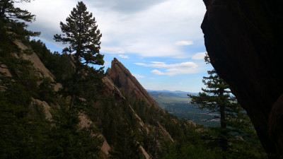 Flatirons_From_Royal_Arch_Trail