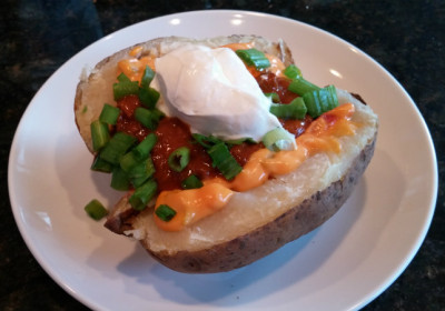 Baked_Potato_With_All_The_Fixings