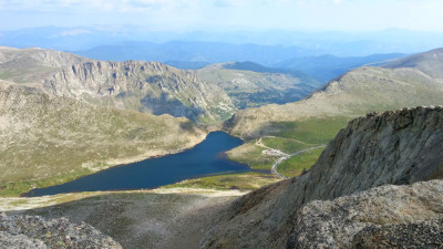 Summit_Lake_From_Mount_Evans_Summit