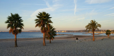 Morning_Run_On_Beach_In_Nice_France