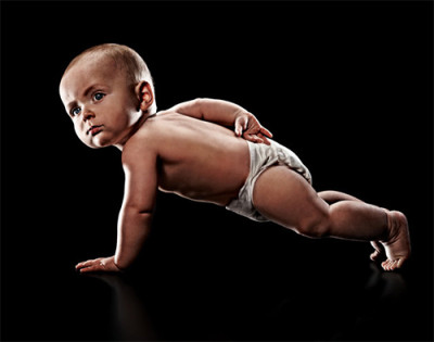Baby_One_Armed_Pushups