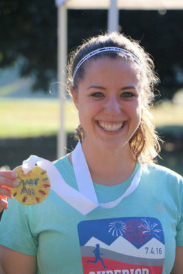 laura_with_drawchange_5k_medal
