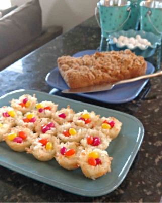 Coconut_Macaroon_Easter_Nests_and_Carrot_Cake