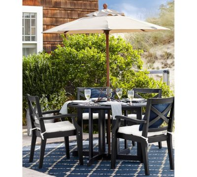 Pottery_Barn_Dot_N_Dash_Outdoor_Rug