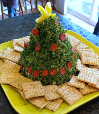 Parsley_Christmas_Tree_Cheese_Ball